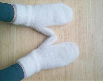 Soft and fluffy snow white mittens (goat fluff, woolen mittens, winter mittens, wool mittens, soft mittens, warm mittens, hand knit)