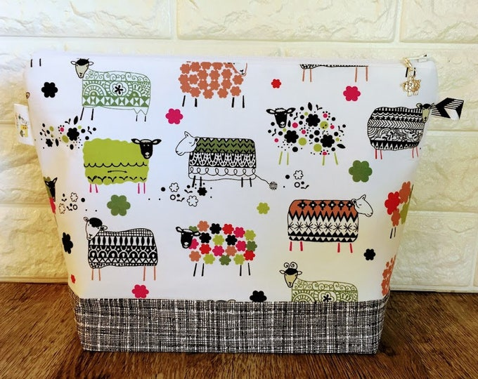 Featured listing image: Medium Size Patterned Sheep Knitting Bag with Zipper