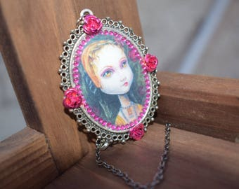 Anne Boleyn big eyed pop surrealism necklace. Whimsical cameo Tudor jewellery. Unique Wearable art.