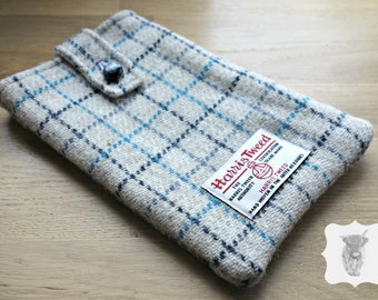 Harris Tweed Gadget Pouch, 18 x 12cm, kindle case, Made in Scotland, Christmas Gift