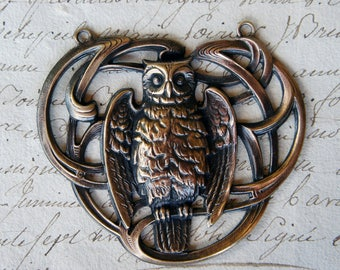 Vintage French Brass Stamping/Antique Style/Art Nouveau/Owl/Woodland/Wisdom/ Buckle Centrepiece Pendant/French Findings
