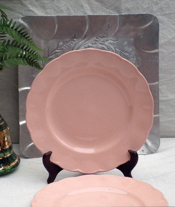 & Peach Petal Grindley England Dinner Plates Pink Scalloped Set
