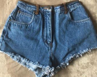 Vintage womans, 70's jean shorts, distressed shorts, vintage shorts, vintage jeans, size 26, vintage 70's, womans shorts