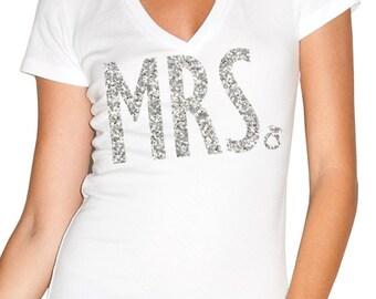 MRS Bride Shirt Glitter Print, Bride Vneck, Wedding shirt, Bridal shirt, Bride Vneck, wedding