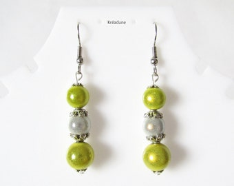 Earrings in lemon yellow magic pearls