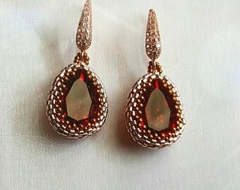 Scarlet earrings, gold earrings, red earrings, pendant earrings, Swarovski earrings