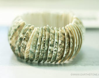 Natural Abalone Shell Stretch Bracelet