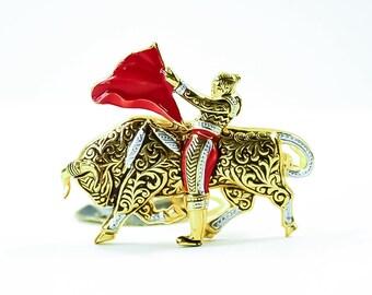 Vintage Spanish Bullfighter Brooch - Damascene - Golden Brooch - Matador Brooch - Made in Spain - 12k Gold Plated Brooch - Vintage Jewelry