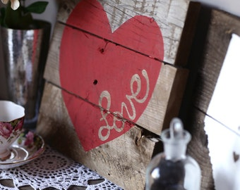 "Custom // Colored ""Love"" Heart Pallet Wood Sign / Nursery Gift / Housewarming / Gallery Wall"