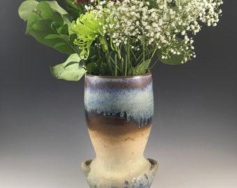 Large vase, flower vase, pottery vase, ceramic vase, ceramic vessel, ceramic art, pottery, made in Quebec Canada