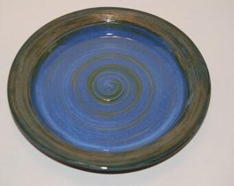 Pottery platter. Platter.