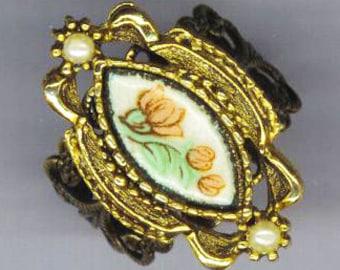 SALE - Vintage Golden Floral Ring . Pink Rose Flower Ring . Floral Enamel Ring . Green Leaves, Pearls, Filigree Design . Antique Flower Ring