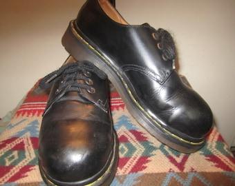 Vtg Doc Marten Black Oxfords Size UK 4 US 6 Made In England