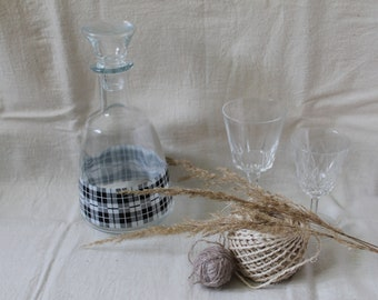 Gingham glass decanter