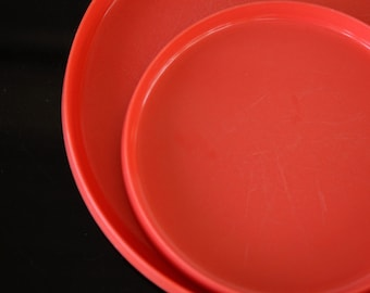5 PLATES OBLIQUE PMC red Polymer Plastic Vintage Picnic Mid Century Retro Dining Dinner appetizer Mod TheHeartTheHome 7
