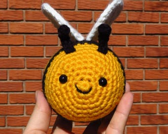 Clara the little bee, amigurumi, crochet bee, plush