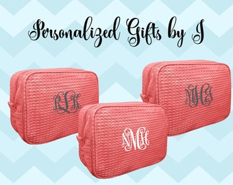 8 Bridesmaid Makeup Bag, Bridesmaid Waffle Cosmetic Bags, Bridal Party Gift, Bridesmaids Bag, Personalized Bridesmaid Gifts, Monogrammed