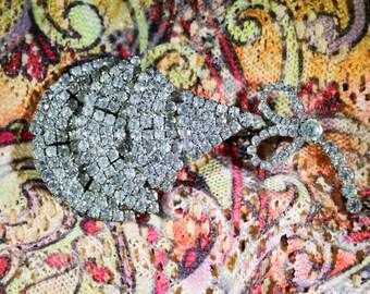 Vintage Rhinestone Feather? brooch