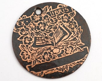 Etched copper ex libris pendant, round flat etched book page charm, bookplate, gift for book lover, 28mm