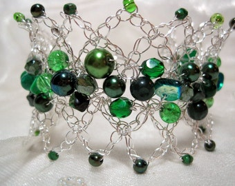 Lacy Green Beadwork Bracelet, beaded wire crochet bracelet, handmade bead jewelry