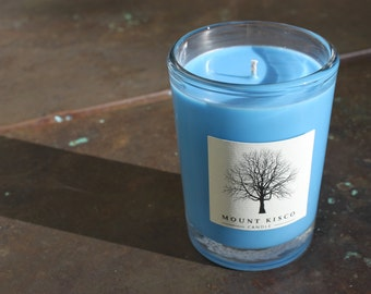 BLUE Currant Soy MAGIC CANDLE