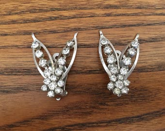 Vintage Clear Crystal Rhinestone Leaf Climber Earrings 1094