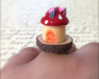 Miniature Mushroom House Ring. Wood Ring. Cute Kawaii Miniature Fairy Home. Red Mushroom. Woodland. Brass. Vintage Style. Under 10. Gnome.