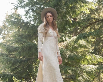 70s GUNNE SAX Dress / Ivory Crochet Cotton Maxi Dress / Boho Wedding Dress / Vintage Prairie Dress / 1970s Renaissance Dress / SMALL