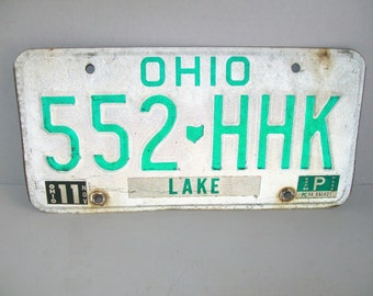 Vintage License Plate Ohio Lake 1986 White Green Industrial Decor