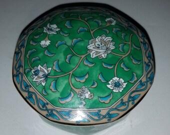 "Vintage ""Etude"" Green Flowers Porcelain Trinket Box Takahashi San Francisco 1986 – Hand Decorated"