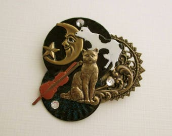 Vintage Cat Pin - Hey Diddle Diddle the Cat and the Fiddle - Cow Moon Violin