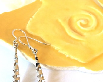 VINTAGE STERLING SILVER Spiral Dangle Earrings from Ainsi Soit Elle