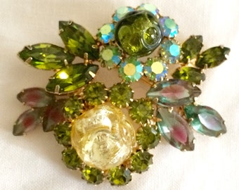 Sale!  Vintage Green Art Glass Brooch Rare Find By Continental D&E Style