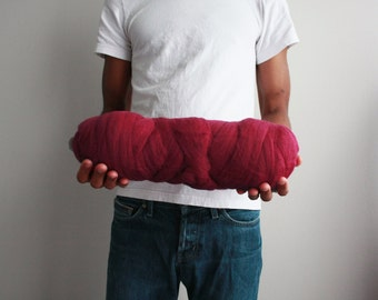 Cherry red merino, merino roving, 500g merino bump, unspun wool