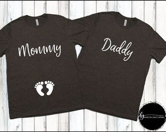 Couples Pregnancy Announcement shirt set Pregnancy Reveal Maternity Picture shirts Mom to be Dad to be New Mom New Dad Couples Shirts