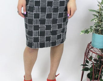 1990s Black & White Grid Print Pencil Skirt Size UK 12, US 8, EU 40