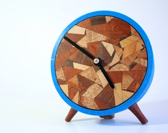Re-cycled! - Classic style clock!