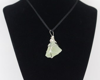Green Calcite Wire Wrapped Necklace // swirls // crystals // minerals