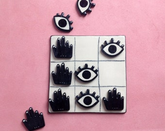 Play Tic Tac Toe - ceramic