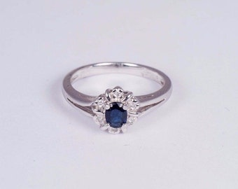 Platinum Engagement Ring with Sapphire and Diamond Chips size 6.5