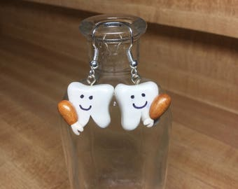 Cute happy tooth earrings with Thanksgiving turkey legs
