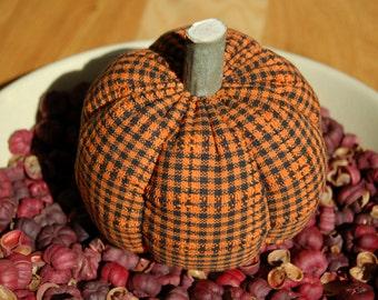 Primitive Fall Halloween Orange & Black Check Homespun Pumpkin Ornie