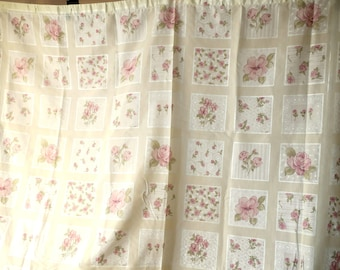 """SHOWER CURTAIN .New Old Stock Never used white Gauze w Beautiful Pink Roses  68 x 68"""""""