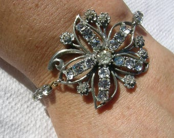 Fabulous unusual upcycled hand crafted vintage diamante silvertone flower brooch and cup chain assemblage bracelet