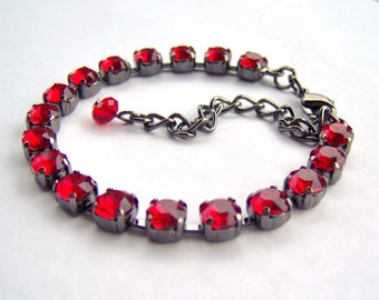 Scarlet rhinestone tennis bracelet / Swarovski crystal / red and black / birthday gift / Christmas gift / gift for her / unique bracelet