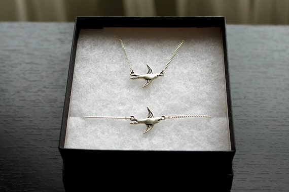 Swallow Necklace and Bracelet Set