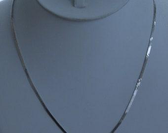 "MONET 2mm Silver tone Herringbone Chain Necklace, Vintage, 18"" (T13)"