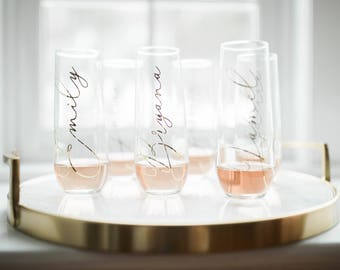Bridesmaid Champagne Flutes - Personalized Bridesmaid Gift - Bridesmaid Gifts - Be My Bridesmaid- Bridesmaid Proposal - Bachelorette Party