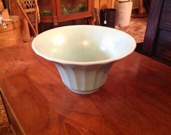 Bauer flower pot