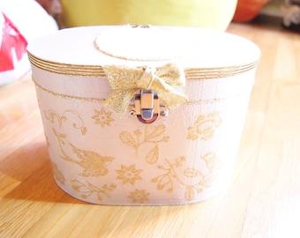 Golden birds jewelry box